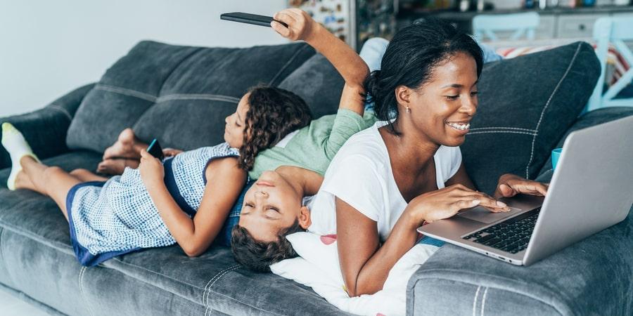 Durante a pandemia do novo Coronavírus, fique em casa: conte com as soluções digitais da Losango e mantenha-se seguro